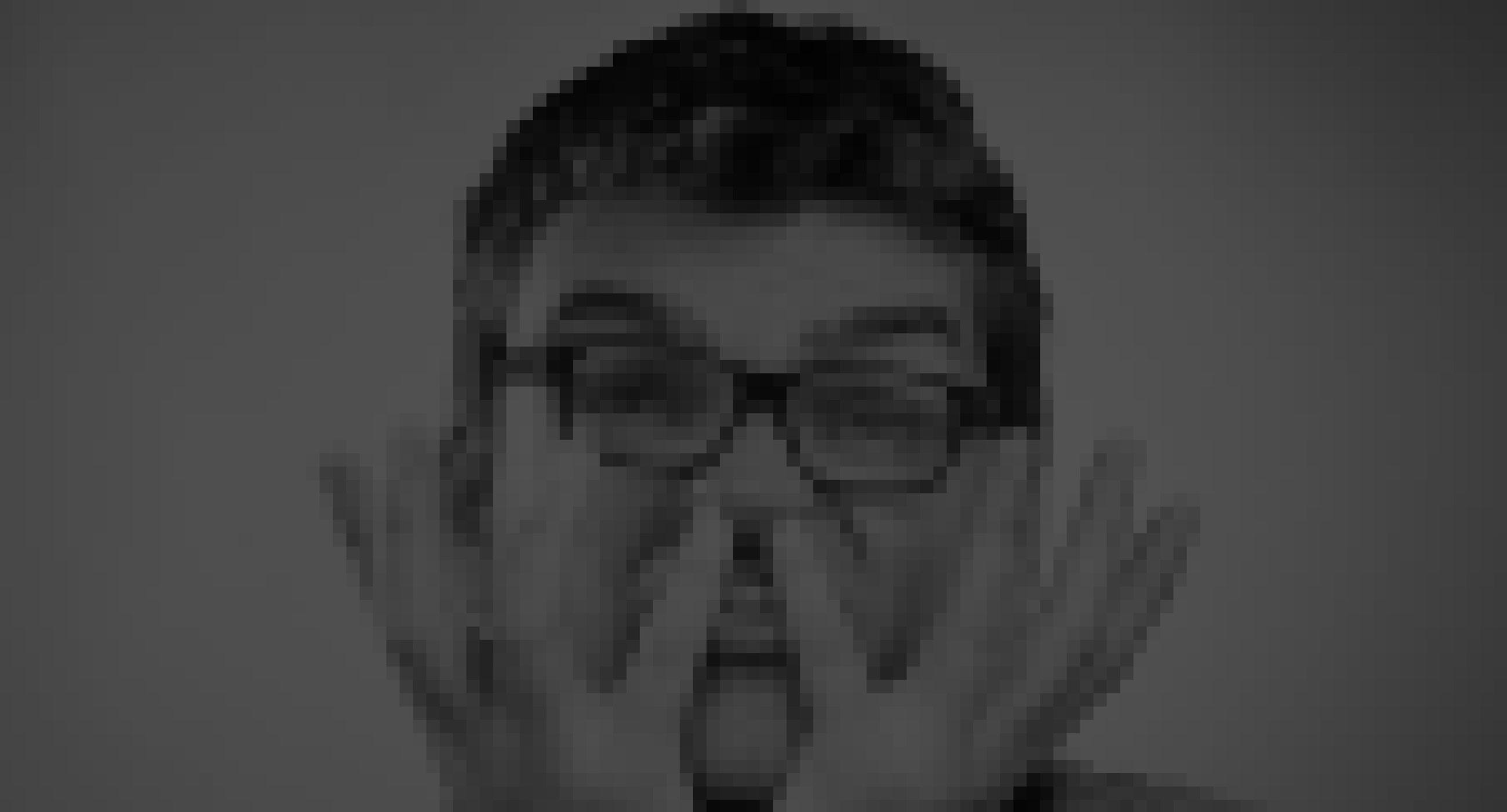fotografía de persona pixelada