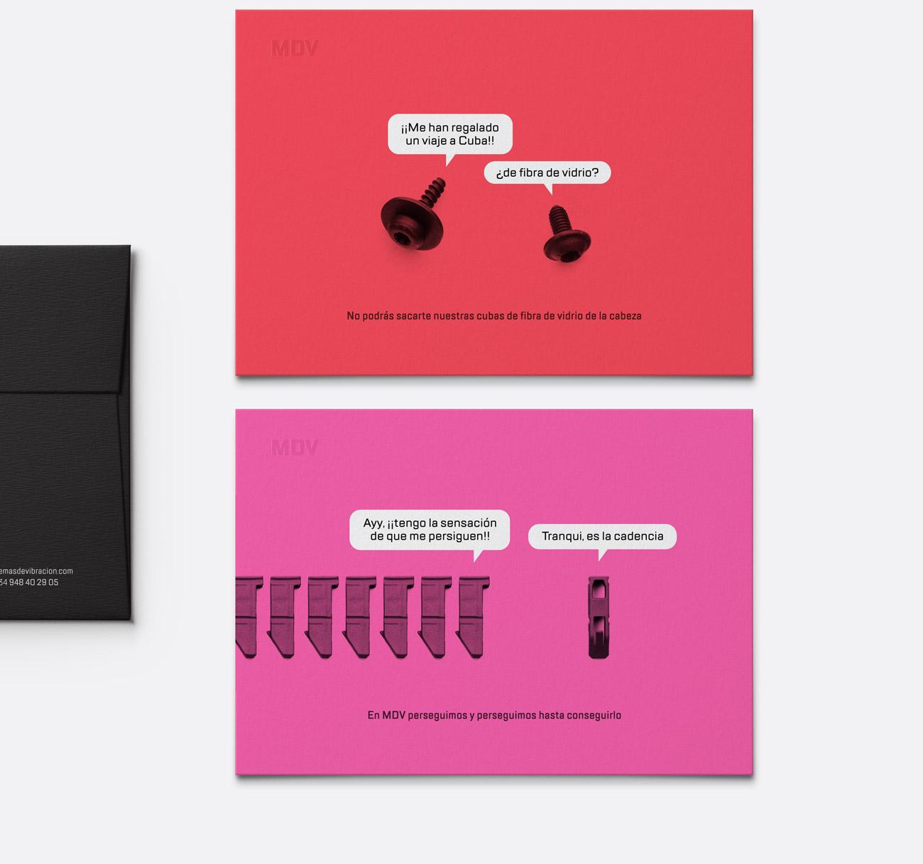 Presentación de campaña para MDV de impresiones de creatividad piezas parlantes versión tarjetas roja y rosa