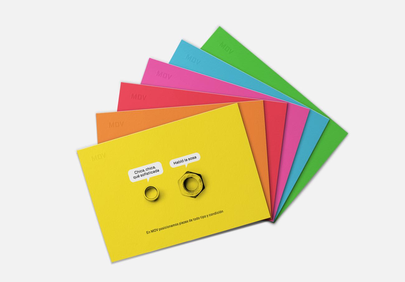 Presentación de campaña para MDV de impresiones de creatividad piezas parlantes versión tarjetas toda la colección