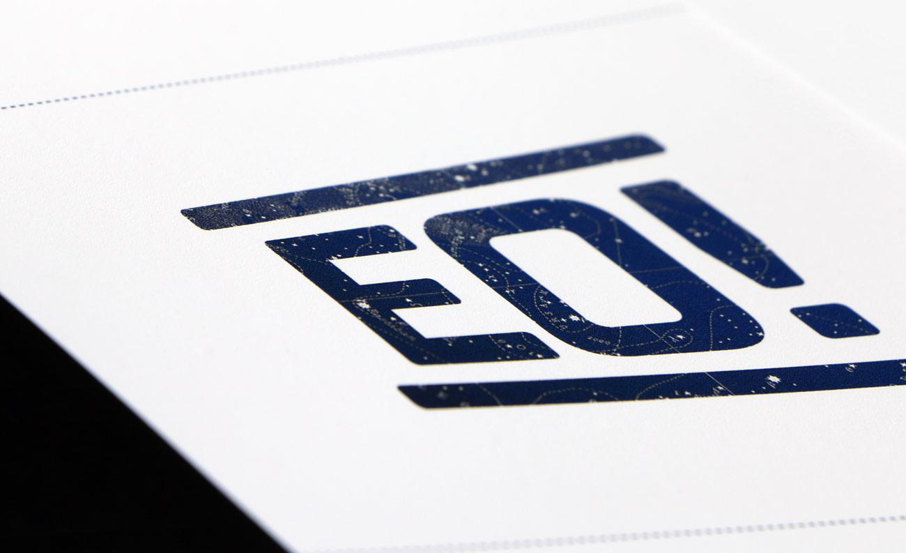 Imagen gráfica y aplicaciones para obra de teatro EO! presentación de portada de dosier